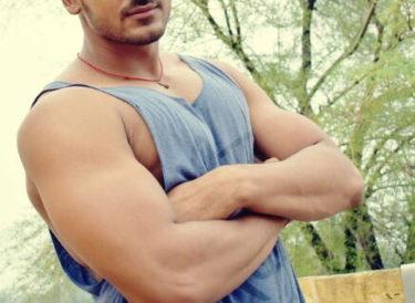 大胸筋の起始停止と支配神経は?上部・内側・下部の鍛え方と髄節も!